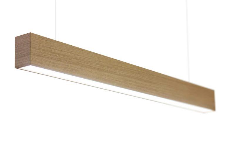 drevené líniové svietidlo
