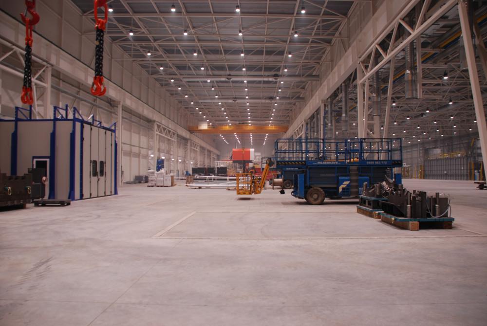 priemyselne led svietidla 220W v hale