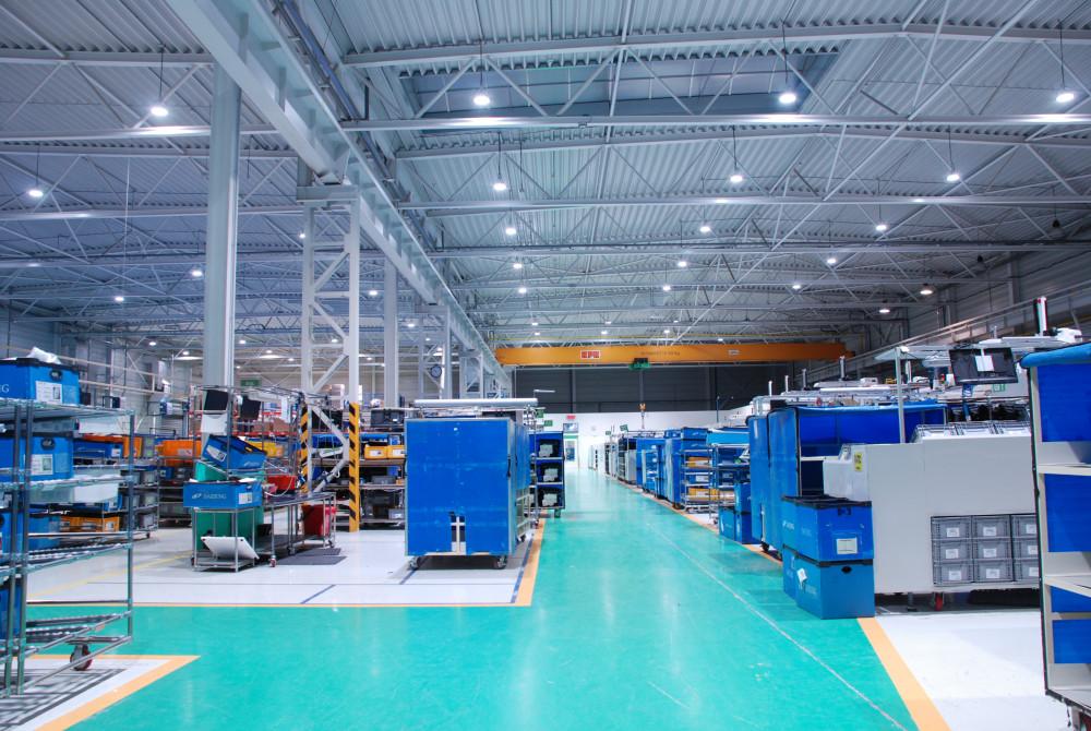 priemyselne led svietidla 150W v hale 2