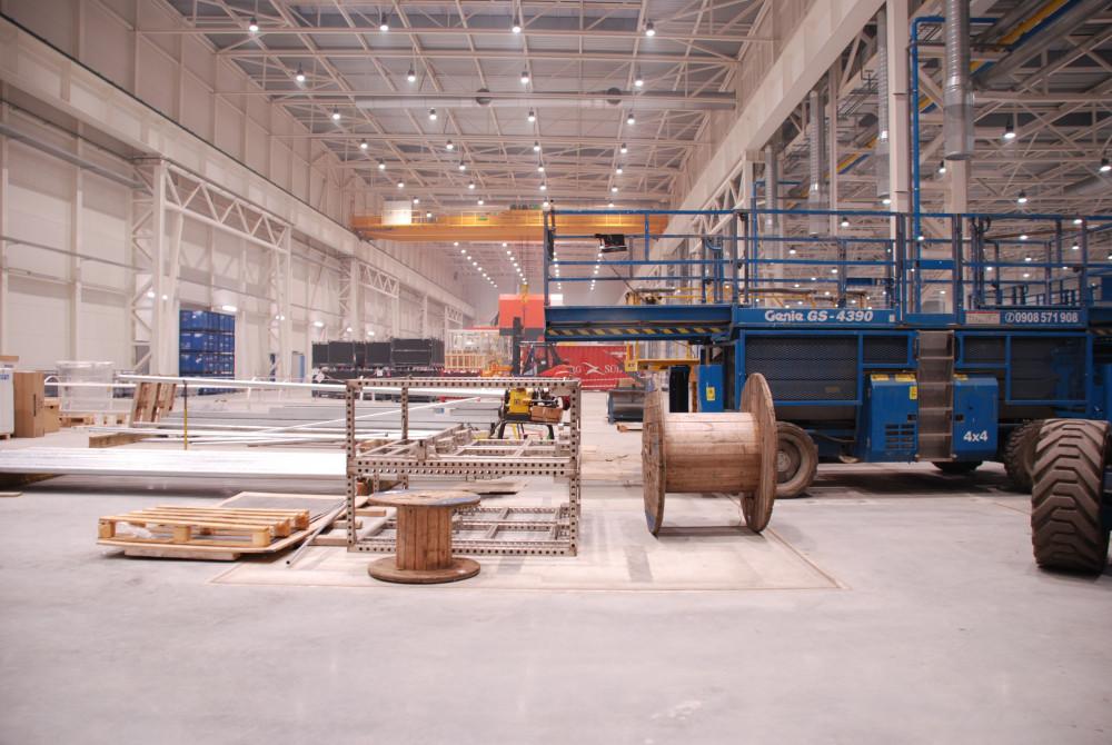 priemyselne led svietidla 220W v hale 3